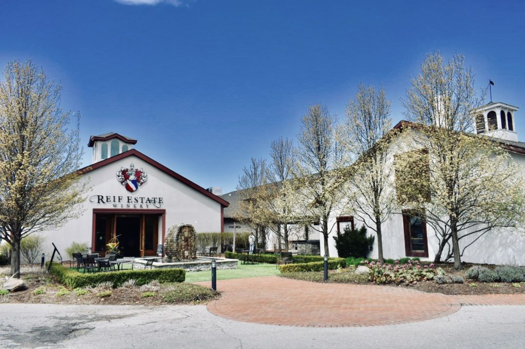 Niagara-On-The-Lake Wineries - 20+ Vineyards in Canada's Wine Country